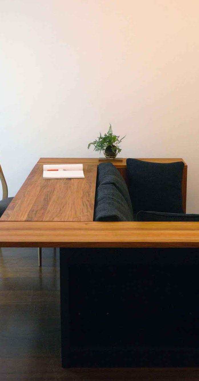 Sofa&table