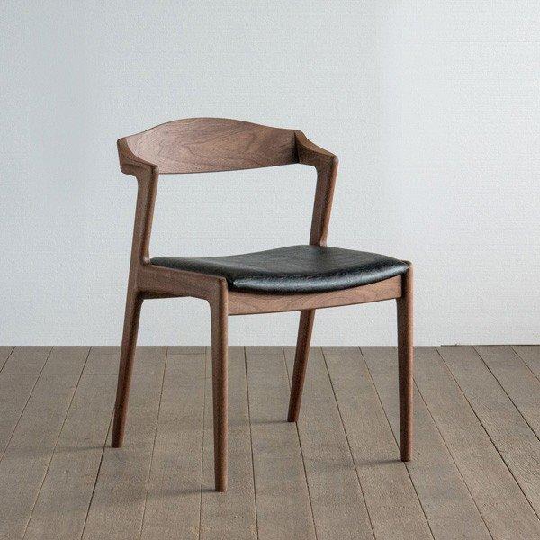 椅子(ユナ)