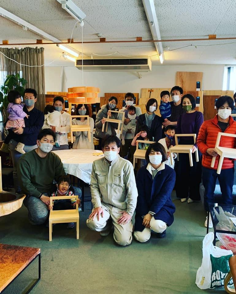 12/20(日)ワークショップ「キッズチェアづくり」開催しました。